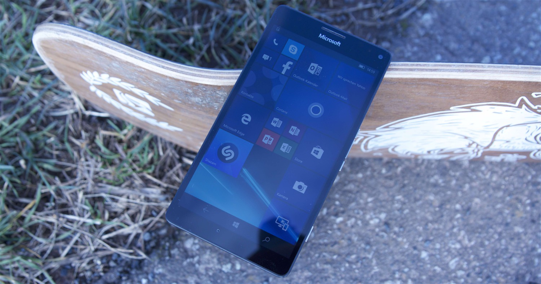 Microsoft Lumia 950 XL Front